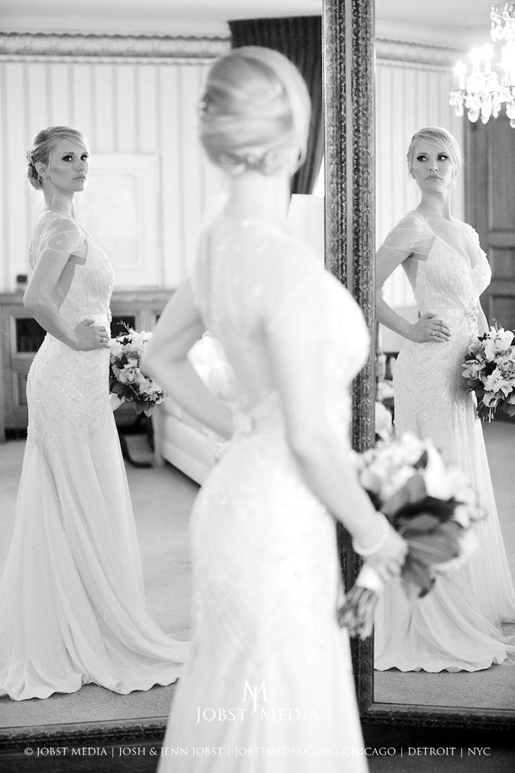 Wedding Photography Chicago, NYC, Detroit mirror b&w